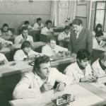Виробниче навчання групи годинникарів