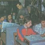 В навчальній майстерні радіомеханіків, майстер в/н Самченко Дмитро Якович