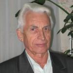 Дяченко Анатолій Семенович - заступник з господарської частини, працював на посаді 49 років, з 1964 по 2013 рік