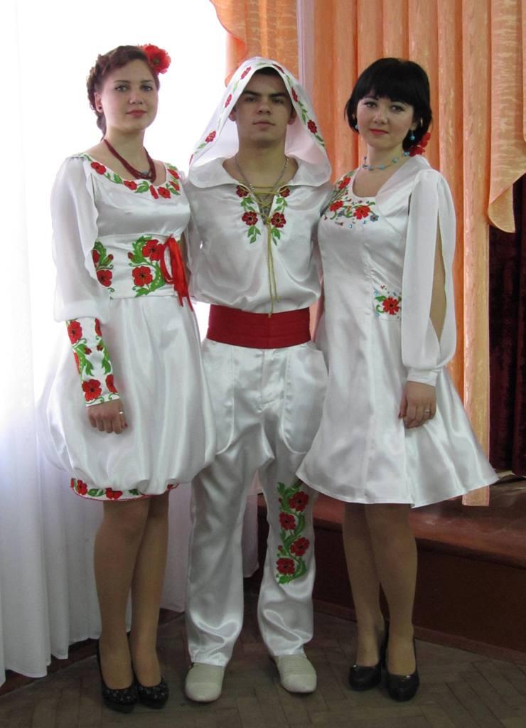 Колекція одягу у фольклорному стилі «Біла птаха» (3)