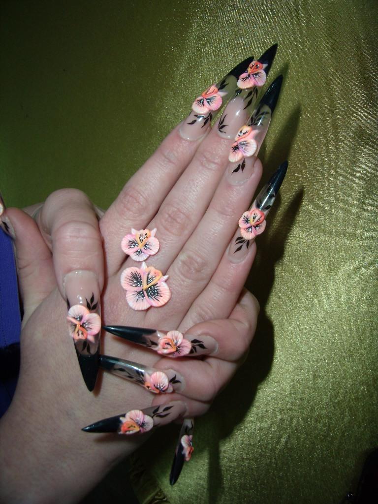 Робота Твердохліб Альони «Дика орхідея»