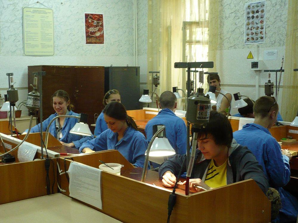 Урок виробничого навчання з професії «Ювелір» (2)