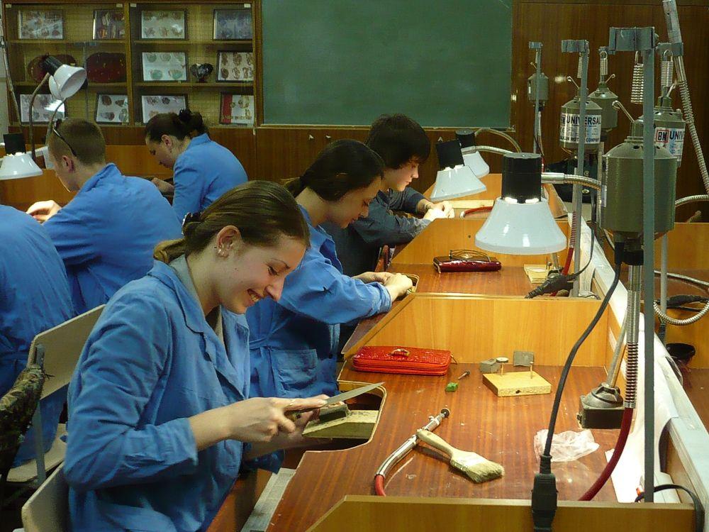 Урок виробничого навчання з професії «Ювелір» (3)