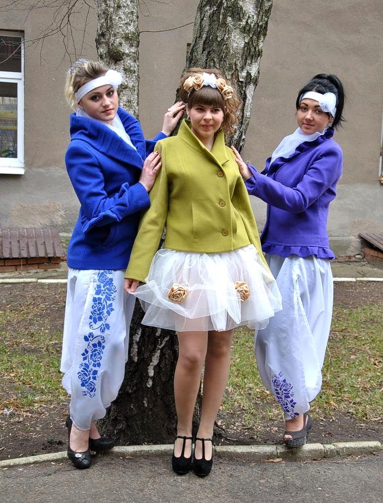 Колекція жіночих напівпальт «Сучасна Україна» (7)